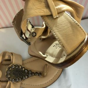 988421485 Matisse Shoes - Matisse Studded Sandals Leather Ivory Gunmetal 7